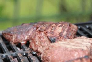 いい感じで焼ける肉