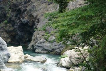 綺麗な渓谷